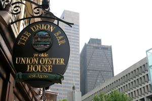boston-restaurants-union-oyster-house-sign-full