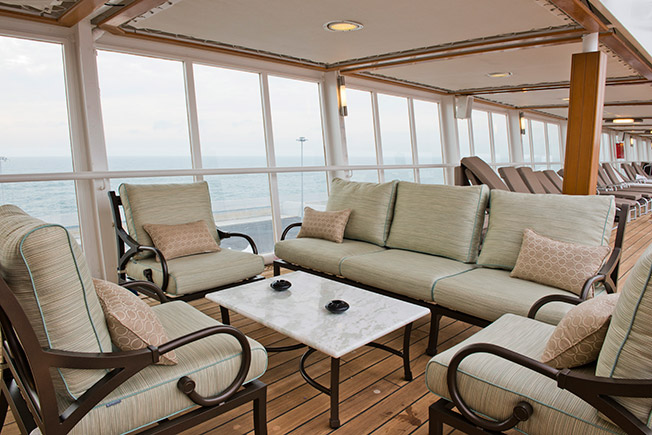 Seven Seas Voyager Outdoor Relaxation