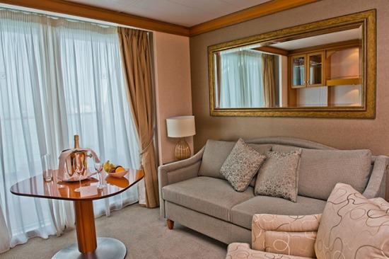 Seven Seas Voyager Penthouse Suite