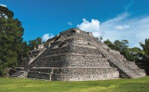 ss-155105582-Chacchoben-Mayan-Ruins