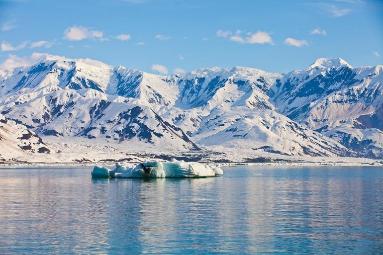 Hubbard-Glacier