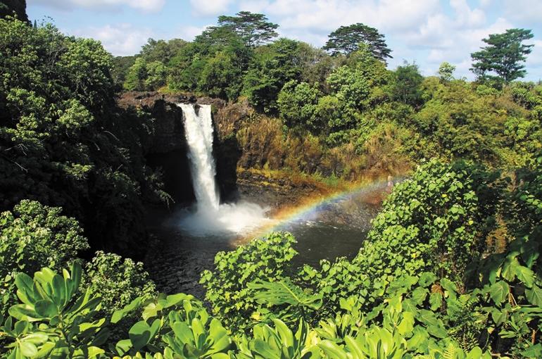 SS-68902387-Rainbow-Falls