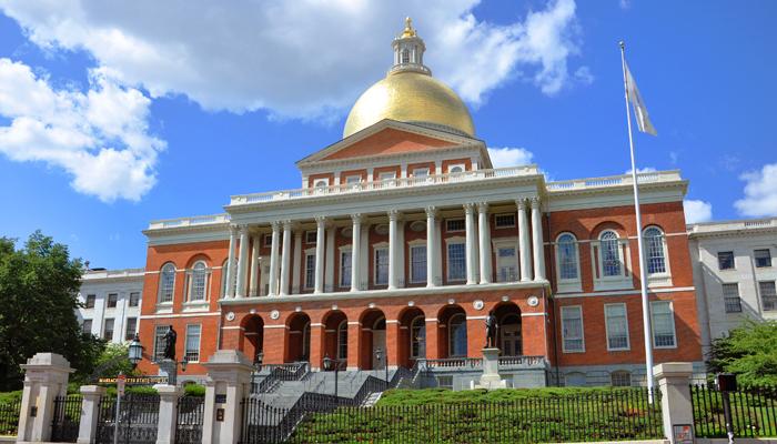 MassachusettsStateHouse_NewEnglandPost[6]
