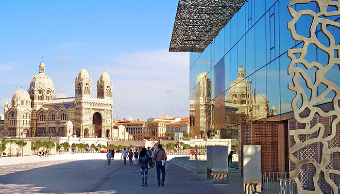 Blog_Marseille_700x400_OldNew.jpg